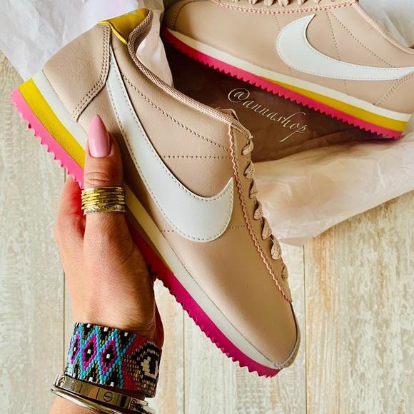 Nike Shoes - NWT Nike Cortez leather